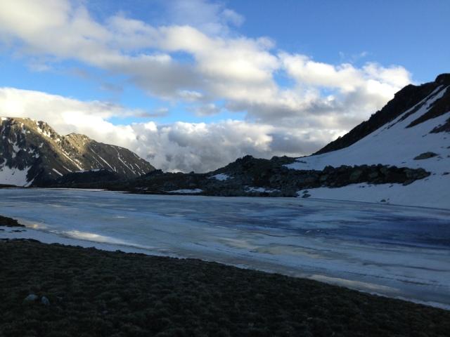 Llegando al Control de Pas de la Casa Andorra Ultra Trail Mitic 2013