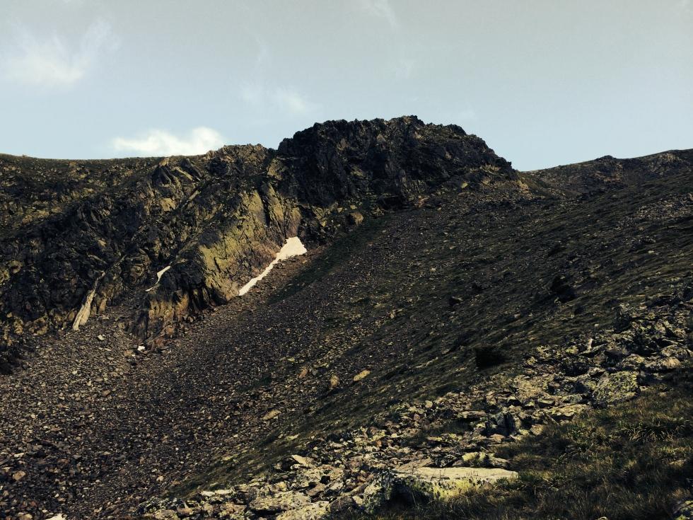 Hacia la arista que conduce a la cima del Pic de Font Blanca